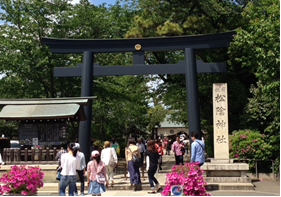 多くの人で賑わう松陰神社