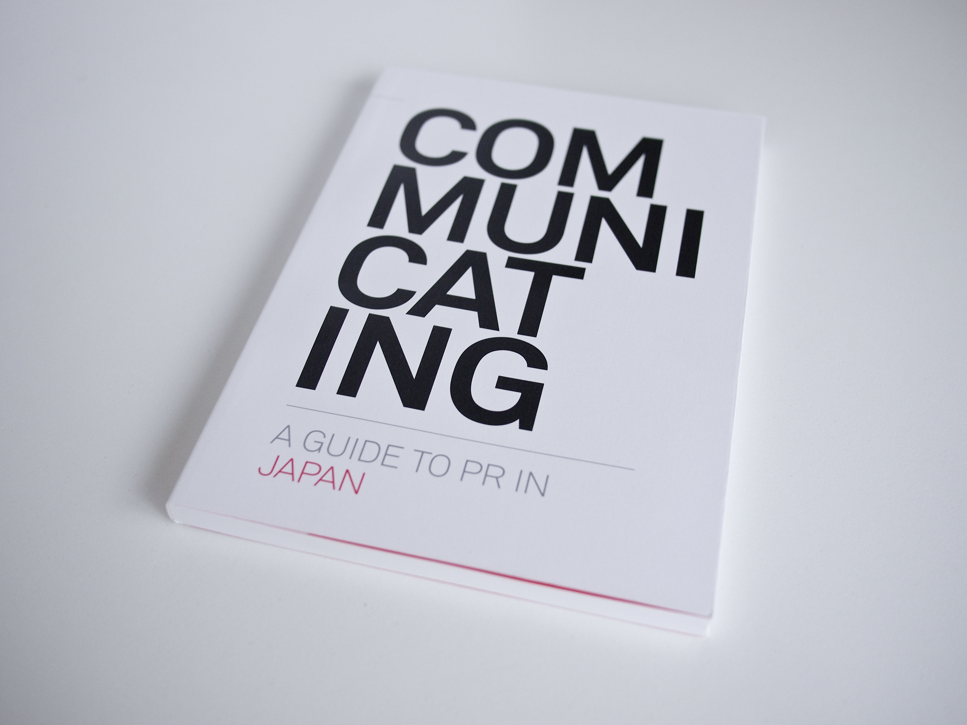 COM-MUNI-CAT-ING Communicating: A Guide to PR in Japanの制作_サムネイル